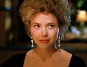 Annette Bening in The Grifters